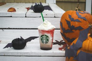social-2015-fall-frappuccino-outdoors-whip-cream-drizzle-mocha-frappula-siren-wood-pumpkin